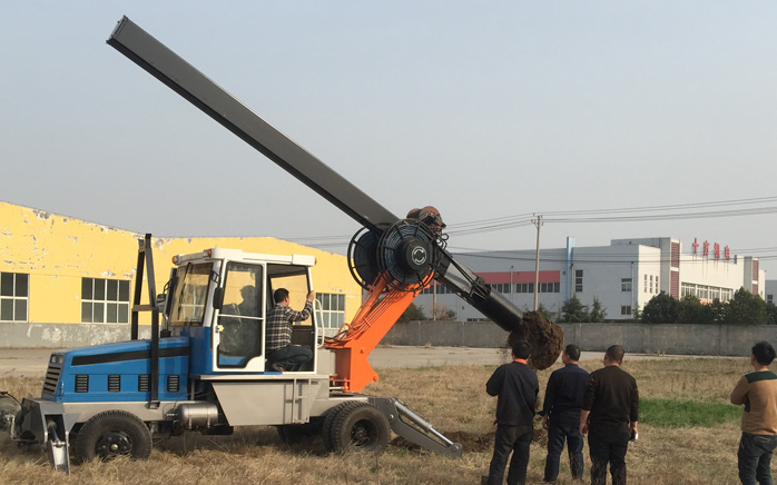 LD-180°轮式旋挖钻机客户考察试机图片