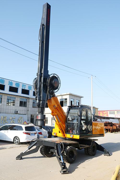 LD-360°轮式旋挖钻机试机图片展示