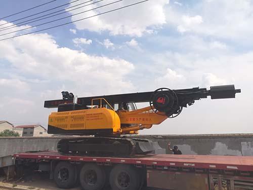 LD-154履带式旋挖钻机试机图片展示
