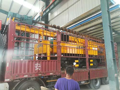 LD-360°轮式長螺旋打樁機装车发货图片展示